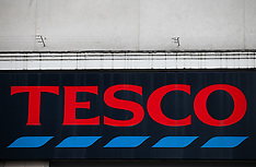 DEC 10 2014 Tesco shares plunge after profit warning