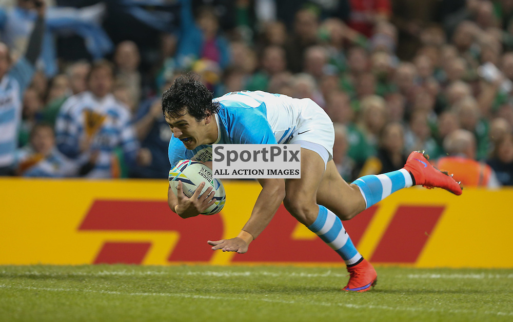 Matias Moroni about to score the first try during the Rugby World Cup Quarter Final, Ireland v Argentina, Sunday 18 October 2015, Millenium Stadium, Cardiff (Photo by Mike Poole - Photopoole)