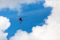 09.09.2016, Heiligenblut, AUT, Kunstflieger Hannes Arch stirbt bei Hubschrauberabsturz, Der österreichische Red Bull Air Race-Pilot Hannes Arch ist in der Nacht auf 9. September bei einem Hubschrauberabsturz im Großglocknergebiet in Kärnten ums Leben gekommen. Arch hatte mit seinem Hubschrauber einen Transportflug zu einer Hütte absolviert. Ein zweiter Hubschrauberinsasse wurde beim Absturz schwerst verletzt, im Bild Polizeihubschrauber Libelle Kärnten mit dem Leichnam des verunglückten Piloten Hannes Arch am Landeplatz bei der Einsatzzentrale Heiligenblut. Der österreichische Red Bull Air Race-Pilot Hannes Arch ist in der Nacht auf 9. September bei einem Hubschrauberabsturz im Großglocknergebiet in Kärnten ums Leben gekommen. Arch hatte mit seinem Hubschrauber einen Transportflug zu einer Hütte absolviert. Ein zweiter Hubschrauberinsasse wurde beim Absturz schwerst verletzt. // The Austrian Red Bull Air Race pilot Hannes Arch came at night on September 9 in a helicopter crash in the Grossglockner area killed. Arch had graduated with his helicopter transport flight to a hut. A second helicopter passenger was severely injured in the crash Heiligenblut, Austria on 2016/09/09. EXPA Pictures © 2016, PhotoCredit: EXPA/ JFK