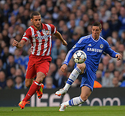 30.04.2014, Stamford Bridge, London, ENG, UEFA CL, FC Chelsea vs Atletico Madrid, Halbfinale, Rueckspiel, im Bild Athletico Madrid's midfielder Mario Suarez and Chelsea's forward Fernando Torres // Athletico Madrid's midfielder Mario Suarez and Chelsea's forward Fernando Torres during the UEFA Champions League Round of 4, 2nd Leg Match between Chelsea FC and Club Atletico de Madrid at the Stamford Bridge in London, Great Britain on 2014/05/01. EXPA Pictures © 2014, PhotoCredit: EXPA/ Mitchell Gunn<br /> <br /> *****ATTENTION - OUT of GBR*****