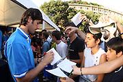 DESCRIZIONE : Milano Invasione degli Ultracanestri Piazza Cairoli Nazionale Italiana Uomini<br /> GIOCATORE : gianluca basile<br /> SQUADRA : Nazionale Italiana Uomini Italia<br /> EVENTO : Milano Invasione degli Ultracanestri Piazza Cairoli Nazionale Italiana Uomini<br /> GARA : <br /> DATA : 18/07/2007 <br /> CATEGORIA : Ritratto<br /> SPORT : Pallacanestro <br /> AUTORE : Agenzia Ciamillo-Castoria<br /> Galleria : Fip Nazionali 2007<br /> Fotonotizia : Milano Invasione degli Ultracanestri Piazza Cairoli Nazionale Italiana Uomini<br /> Predefinita :