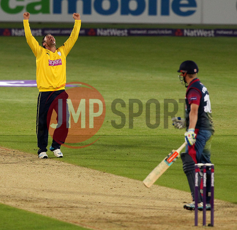 Hampshire's Will Smith celebrates the wicket of Kent's Fabian Cowdrey - Photo mandatory by-line: Robbie Stephenson/JMP - Mobile: 07966 386802 - 22/05/2015 - SPORT - Football - Southampton - Ageas Bowl - Hampshire v Kent Spitfires - T20 Blast