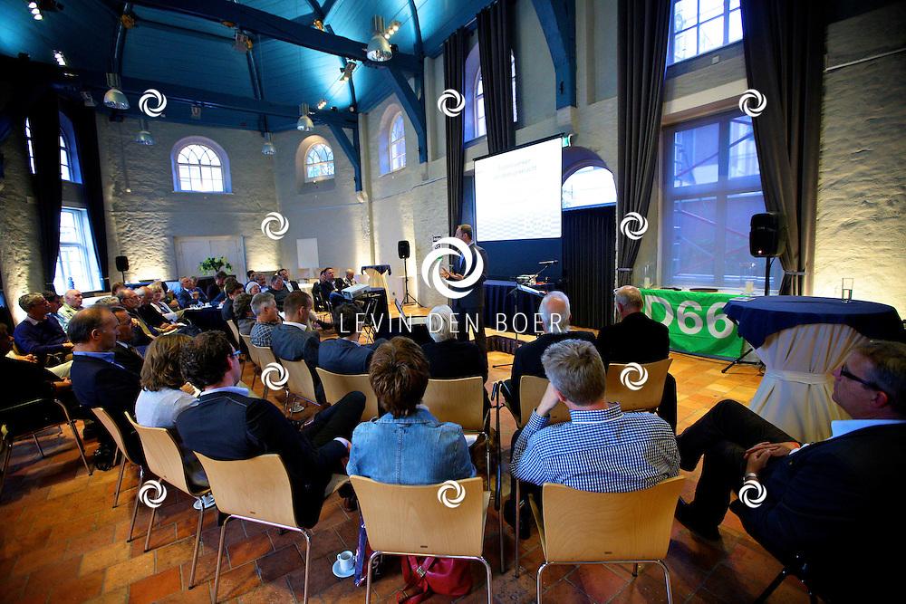 ZALTBOMMEL - In het Gasthuiskapel hield D66 met Rien Fraanje een debatavond. FOTO LEVIN DEN BOER - PERSFOTO.NU