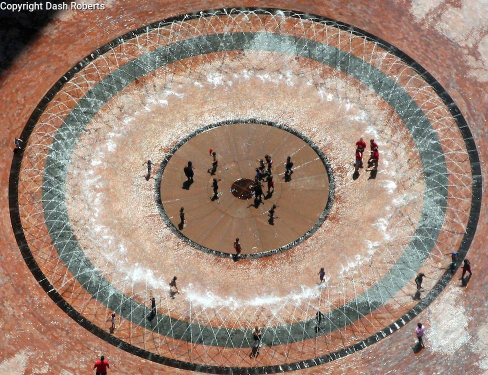 Circular fountain in downtown Boston, Ma.