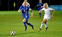 Fotball , 23. janaur 2018 , privatkamp kvinner , Norge - Island<br /> Norway - Iceland<br /> lagbilde  , Iceland team picture island:<br />  Gunhildur Yrsa Jonsdottir 5  Island<br /> Maria Thorisdottir 3 , Norge