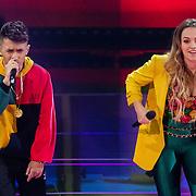 NLD/Hilversum/20180216 - Finale The voice of Holland 2018, Vinchenzo Tahapary en Demi van Wijngaarden treden op
