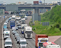 © Licensed to London News Pictures.25/05/2018<br /> DARTFORD, UK.<br /> May Bank Holiday traffic madness has started.<br /> Bank Holiday getaway traffic chaos on the M25 in Dartford, Kent.  Anti-Clockwise towards Essex. <br /> Photo credit:Grant Falvey/LNP