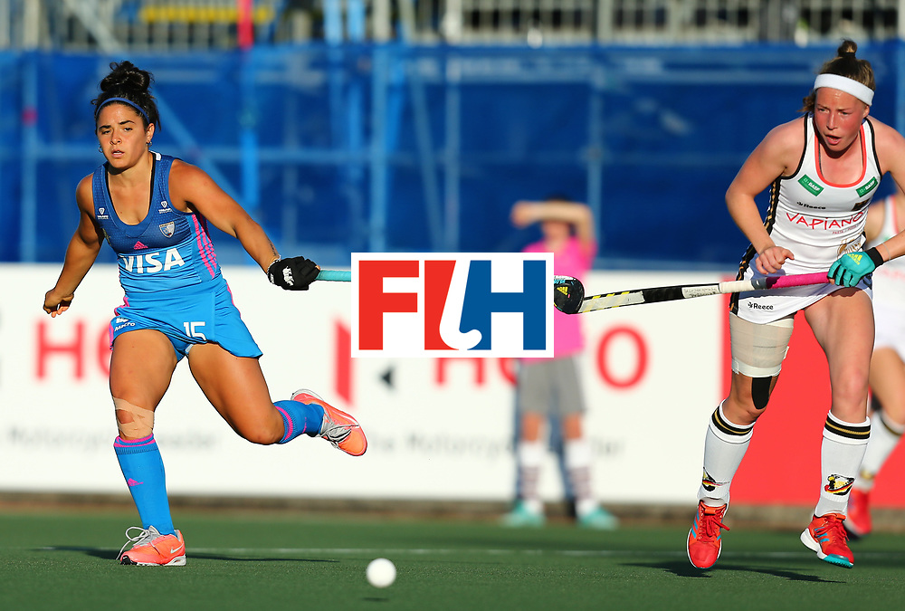 New Zealand, Auckland - 21/11/17  <br /> Sentinel Homes Women&rsquo;s Hockey World League Final<br /> Harbour Hockey Stadium<br /> Copyrigth: Worldsportpics, Rodrigo Jaramillo<br /> Match ID: 10301 - GER vs ARG<br /> Photo: (15) GRANATTO Maria Eugenia against (13) MARTIN PELEGRINA Teresa