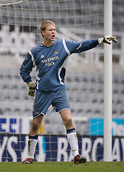 Newcastle, England - Saturday, March 10, 2007: Newcastle United's goalkeeper Mark Cook in action against Liverpool during the FA Youth Cup Semi Final 1st Leg at St James' Park. (Pic by David Rawcliffe/Propaganda)