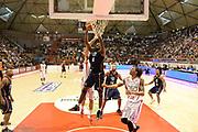 DESCRIZIONE : Pistoia Lega serie A 2013/14 Giorgio Tesi Group Pistoia Acea Roma<br /> GIOCATORE : Bobby Jones<br /> CATEGORIA : Special Rimbalzo<br /> SQUADRA : Acea Roma<br /> EVENTO : Campionato Lega Serie A 2013-2014<br /> GARA : Giorgio Tesi Group Pistoia Acea Roma<br /> DATA : 29/12/2013<br /> SPORT : Pallacanestro<br /> AUTORE : Agenzia Ciamillo-Castoria/GiulioCiamillo<br /> Galleria : Lega Seria A 2013-2014<br /> Fotonotizia : Pistoia Lega serie A 2013/14 Giorgio Tesi Group Pistoia Acea Roma<br /> Predefinita :
