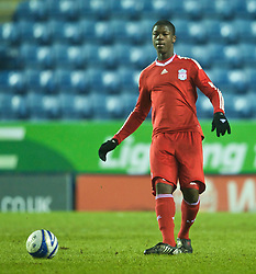 LEICESTER, ENGLAND - Tuesday, January 12, 2010: Liverpool's Stephen Sama in action against Leicester City during the FA Youth Cup 4th Round match at the Walkers Stadium. (Photo by David Rawcliffe/Propaganda)