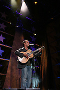TINLEY PARK, IL - SEPTEMBER 18: Farm Aid board member Dave Matthews performs live at the 20th Anniversary Farm Aid concert benefiting the family farmers affected by Hurricane Katrina September 18, 2005 at The Tweeter Center Chicago, in Tinley Park, Illinois.