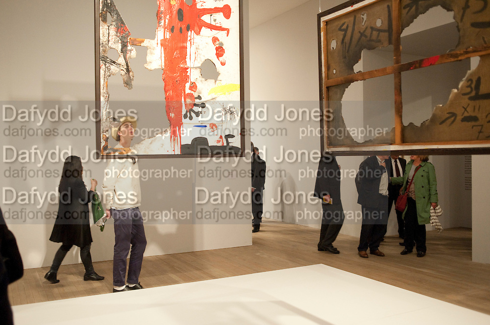 DAVID SPENCE, Joan Mir—: The Ladder of Escape. Tate Modern. London. 12 April 2011. -DO NOT ARCHIVE-© Copyright Photograph by Dafydd Jones. 248 Clapham Rd. London SW9 0PZ. Tel 0207 820 0771. www.dafjones.com.<br /> DAVID SPENCE, Joan Miró: The Ladder of Escape. Tate Modern. London. 12 April 2011. -DO NOT ARCHIVE-© Copyright Photograph by Dafydd Jones. 248 Clapham Rd. London SW9 0PZ. Tel 0207 820 0771. www.dafjones.com.