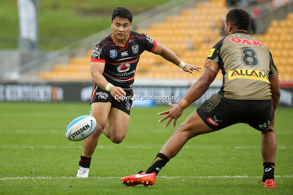 Mason Lino for the Warriors during the Intrust Premiership match Warriors v Penrith at Mt Smart Stadium on Sunday 4 September 2016. Auckland, New Zealand. © Copyright Photo: Fiona Goodall / www.photosport.nz