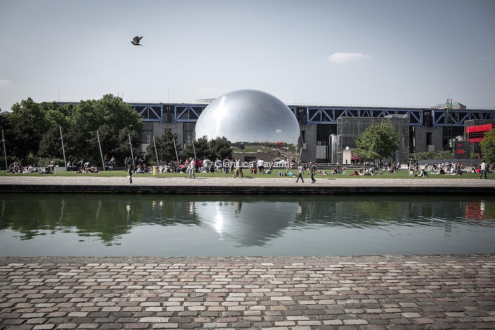 Paris landscapes, Geoide parc de la Villette, Cité des sciences et de l'industrie