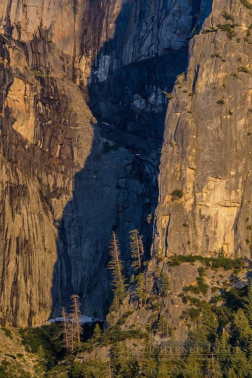 North rim wall of Yosemite Valley, Yosemite National Park, California