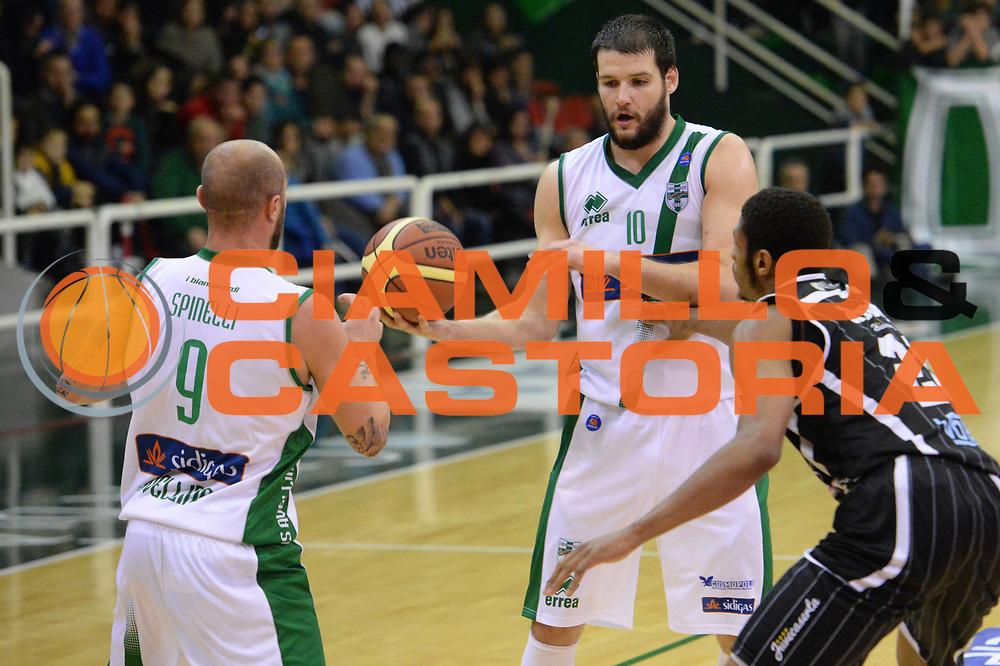 DESCRIZIONE : Avellino Lega A 2013-14 Sidigas Avellino-Pasta Reggia Caserta<br /> GIOCATORE : Ivanov Kaloyan<br /> CATEGORIA : blocco composizione<br /> SQUADRA : Sidigas Avellino<br /> EVENTO : Campionato Lega A 2013-2014<br /> GARA : Sidigas Avellino-Pasta Reggia Caserta<br /> DATA : 16/11/2013<br /> SPORT : Pallacanestro <br /> AUTORE : Agenzia Ciamillo-Castoria/GiulioCiamillo<br /> Galleria : Lega Basket A 2013-2014  <br /> Fotonotizia : Avellino Lega A 2013-14 Sidigas Avellino-Pasta Reggia Caserta<br /> Predefinita :