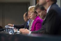 11 MAR 2015, BERLIN/GERMANY:<br /> Angela Merkel, CDU, Bundeskanzlerin, waehrend einer Pressekonferenz mit Jim Yong Kim, Praesident der Weltbankgruppe, Roberto Azevêdo, Generaldirektor der WTO, Christine Lagarde, Geschaeftsfuehrende Direktorin des IWF, Angel Gurría, OECD-Generalsekretaer,  Guy Ryder, Generaldirektors der IAO, (v.L.n.R.), nach einem Gespraech der Bundeskanzlerin mit den Vorsitzenden internationaler Wirtschafts- und Finanzorganisationen, Infosaal, Bundeskanzleramt<br /> IMAGE: 20150311-02-005<br /> KEYWORDS: Roberto Azevêdo,