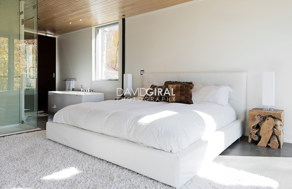 Interiors Photography Montreal: IME Habitat Chalet in Mont Tremblant shot for Montreal Home Magazine