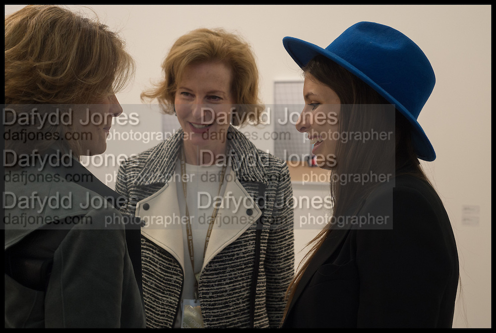 MARYAM SACHS; JULIA PEYTON-JONES; ROYA SACHS, Opening of Frieze art Fair. London. 14 October 2014