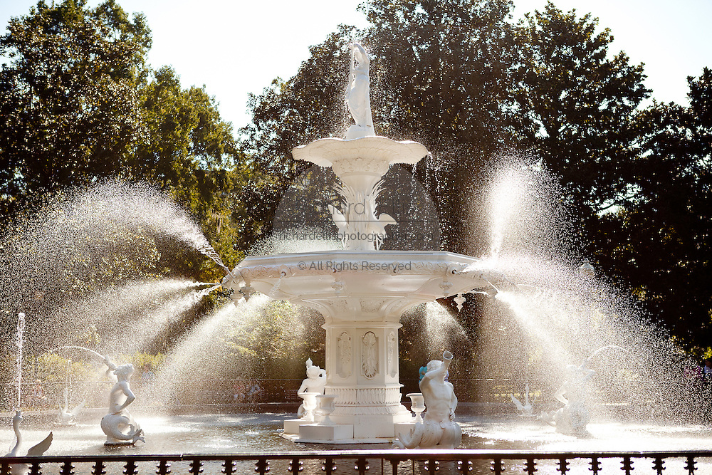 Fountain in historic Forsyth Park in Savannah, Georgia, USA.