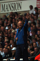 Photo: Tony Oudot.<br /> Tottenham Hotspur v Derby County. The FA Barclays Premiership. 18/08/2007.<br /> Tottenham manager Martin Jol celebrates by waving to the crowd at the end of the game