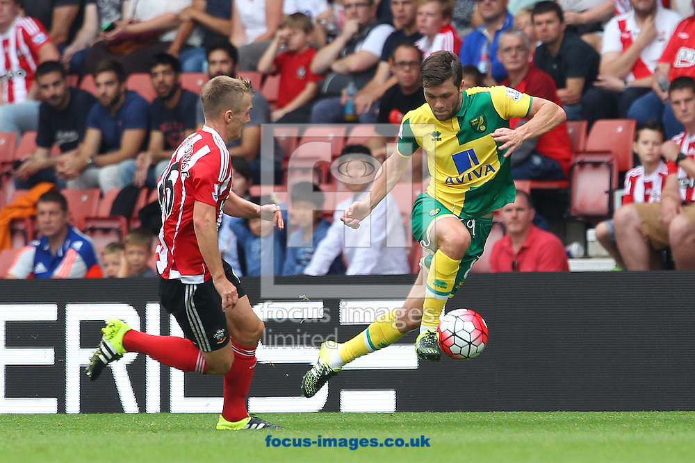 Jonny Howson of Norwich and James Ward-Prowse of Southampton in action during the Barclays Premier League match at the St Mary's Stadium, Southampton<br /> Picture by Paul Chesterton/Focus Images Ltd +44 7904 640267<br /> 30/08/2015