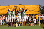 Dubai. Veuve Clicquot Gold Cup Final at Cowdray Park. Midhurst. 17 July 2005. ONE TIME USE ONLY - DO NOT ARCHIVE  © Copyright Photograph by Dafydd Jones 66 Stockwell Park Rd. London SW9 0DA Tel 020 7733 0108 www.dafjones.com