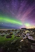 Northern Light and stars at Flø, Norway   Nordlys på stjernehimmel, Flø, Norge.