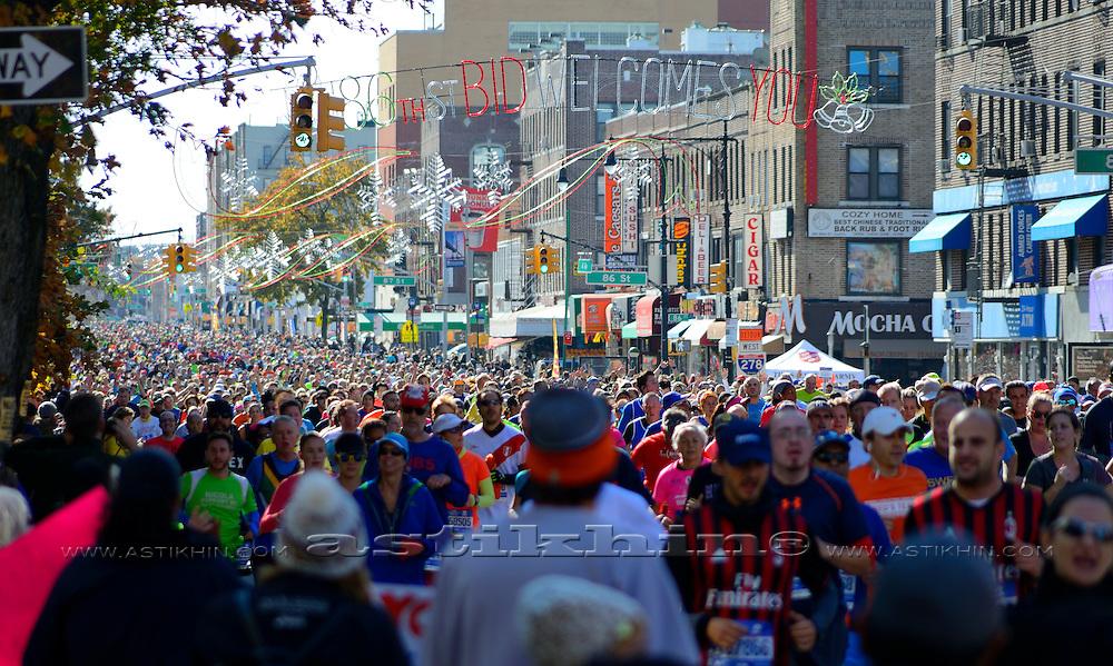 New York Marathon, river of runners, New York City. 2016.