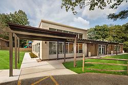 13500 Layhill Barry School Exterior