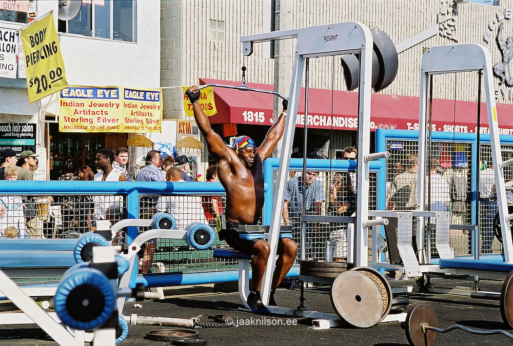 Open-Air Gym, Venice Beach, Los Angeles, California, USA