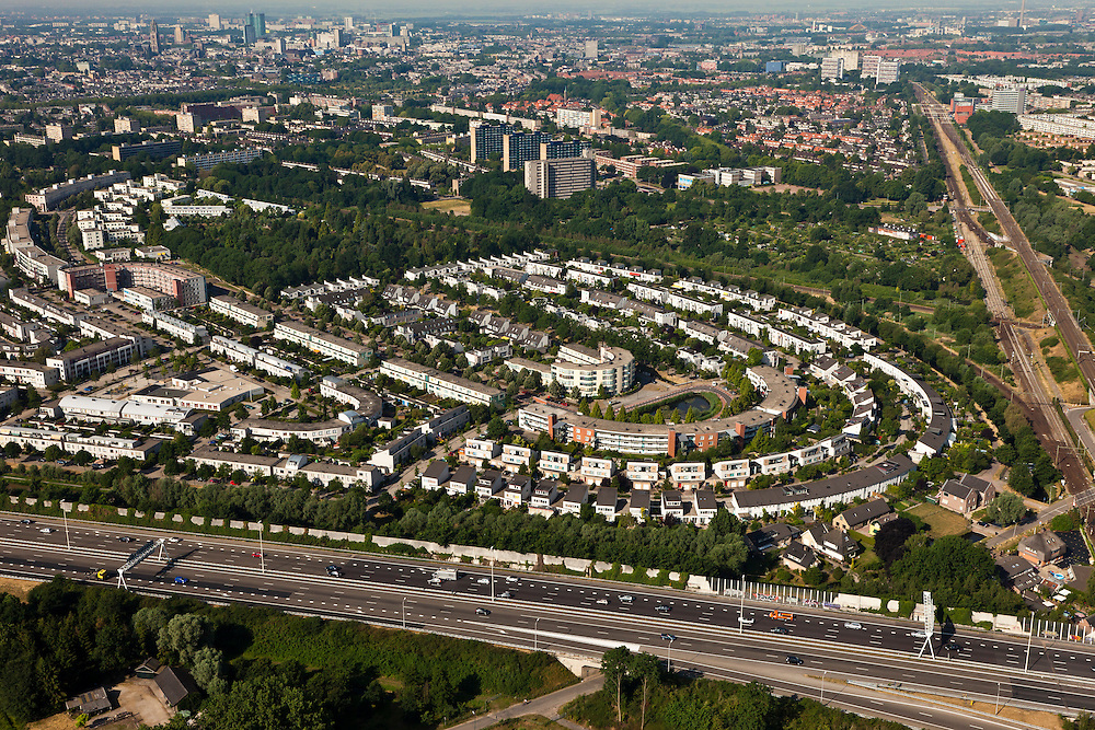 Nederland, Utrecht, Utrecht, 08-07-2010; noordoost Utrecht Blauwkapel en Tuindorp.luchtfoto (toeslag), aerial photo (additional fee required).foto/photo Siebe Swart