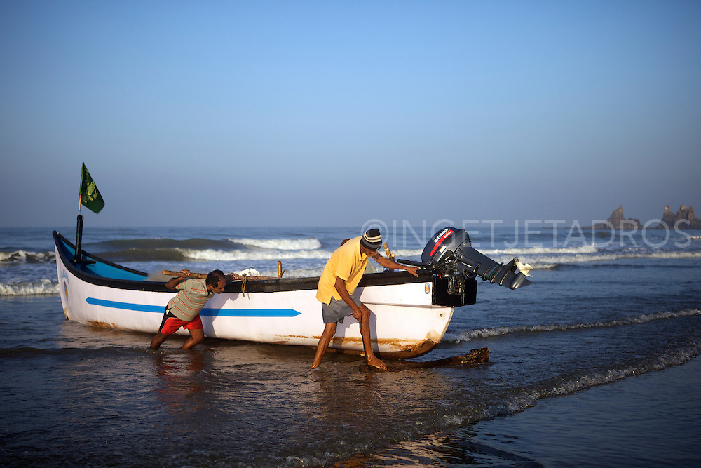 Once a sleepy fishing village called Harmal, Arambol Beach has become the newest hippie haven for Goa's freaks, but the locals still continue to do their daily chores as fishing.<br /> &copy;Ingetje Tadros