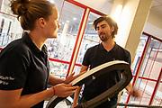 In september wil het Human Power Team Delft en Amsterdam, dat bestaat uit studenten van de TU Delft en de VU Amsterdam, tijdens de World Human Powered Speed Challenge in Nevada een poging doen het wereldrecord snelfietsen voor vrouwen te verbreken met de VeloX 9, een gestroomlijnde ligfiets. Het record is met 121,81 km/h sinds 2010 in handen van de Francaise Barbara Buatois. De Canadees Todd Reichert is de snelste man met 144,17 km/h sinds 2016.<br /> <br /> With the VeloX 9, a special recumbent bike, the Human Power Team Delft and Amsterdam, consisting of students of the TU Delft and the VU Amsterdam, also wants to set a new woman's world record cycling in September at the World Human Powered Speed Challenge in Nevada. The current speed record is 121,81 km/h, set in 2010 by Barbara Buatois. The fastest man is Todd Reichert with 144,17 km/h.
