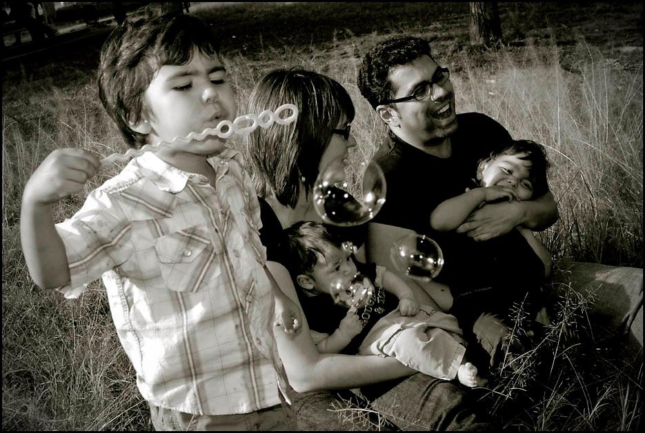 Retratos de Familia PORTFOLIO WEEDINGS AND SOCIAL EVENTS