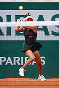 Wang Qiang (CHN) last action before to win against Venus William (USA) during the Roland Garros French Tennis Open 2018, day 1, on May 27, 2018, at the Roland Garros Stadium in Paris, France - Photo Stephane Allaman / ProSportsImages / DPPI