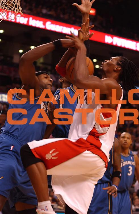 DESCRIZIONE : Toronto NBA 2009-2010 Toronto Raptors Washington Wizards<br /> GIOCATORE : Chris Bosh<br /> SQUADRA : Toronto Raptors<br /> EVENTO : Campionato NBA 2009-2010 <br /> GARA : Toronto Raptors Washington Wizards<br /> DATA : 01/12/2009<br /> CATEGORIA :<br /> SPORT : Pallacanestro <br /> AUTORE : Agenzia Ciamillo-Castoria/V.Keslassy<br /> Galleria : NBA 2009-2010<br /> Fotonotizia : Toronto NBA 2009-2010 Toronto Raptors Washington Wizards<br /> Predefinita :