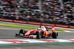 Formel 1: GP von Mexiko 2016 - Rennen in Mexiko-Stadt / 301016<br /> <br /> ***Sebastian Vettel (GER) Ferrari SF16-H.<br /> 30.10.2016. Formula 1 World Championship, Rd 19, Mexican Grand Prix, Mexico City, Mexico, Race Day.<br />  Copyright: Bearne / XPB Images / action press ***