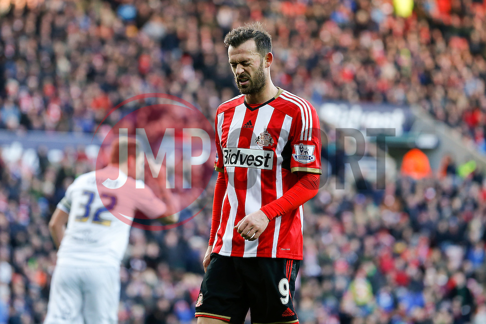 Steven Fletcher of Sunderland looks frustrated after missing with a shot - Photo mandatory by-line: Rogan Thomson/JMP - 07966 386802 - 04/01/2015 - SPORT - FOOTBALL - Sunderland, England - Stadium of Light - Sunderland v Leeds United - FA Cup Third Round Proper.
