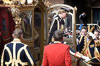 Nederland. Den Haag, 18 september 2007.<br /> Prinsjesdag. Kroonprins Willem-Alexander stapt uit de gouden koets bij aankomst bij de ridderzaal.<br /> Foto Martijn Beekman <br /> NIET VOOR TROUW, AD, TELEGRAAF, NRC EN HET PAROOL