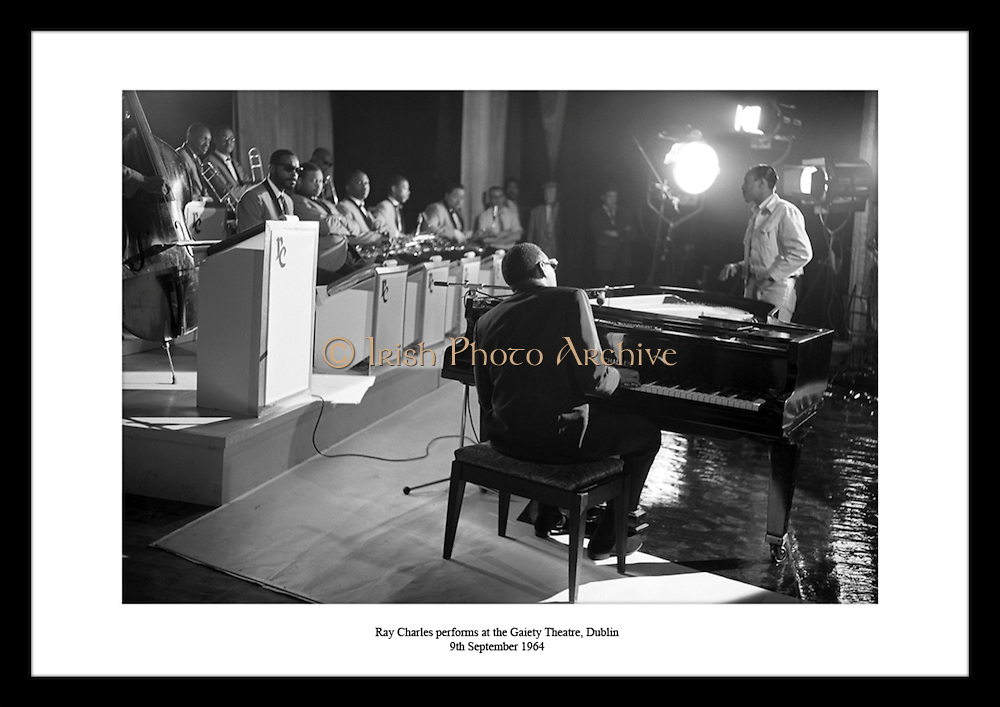 Ray Charles performs at the Gaiety Theatre, Dublin<br /> 9th September 1964
