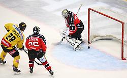 01.11.2013, Albert Schultz Eishalle, Wien, AUT, EBEL, UPC Vienna Capitals vs HC Orli Znojmo, 32. Runde, im Bild Mike Ouellette, (UPC Vienna Capitals, #28), Lubomir Stach, (HC Orli Znojmo, #26) und Sasu Hovi, (HC Orli Znojmo, #1) // during the Erste Bank Icehockey League 32nd Round match between UPC Vienna Capitals and HC Orli Znojmo at the Albert Schultz Ice Arena, Vienna, Austria on 2013/11/01. EXPA Pictures © 2013, PhotoCredit: EXPA/ Thomas Haumer