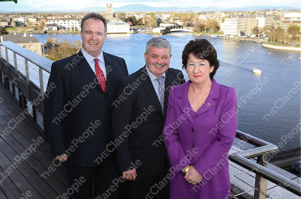 Brian Stapleton, Managing Director, Periploi Group and Chairman of Irish Aviation Leadership Group, Senator Tony Mulcahy and Rose Hynes, Chairperson, Shannon Airport. announcing that three major international aviation conferences are to be held in Limerick over successive days next November by the International Air Transport Association (IATA). Picture Liam Burke/Press 22