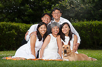 Family portrait and sessions around The San Francisco Bay Area.