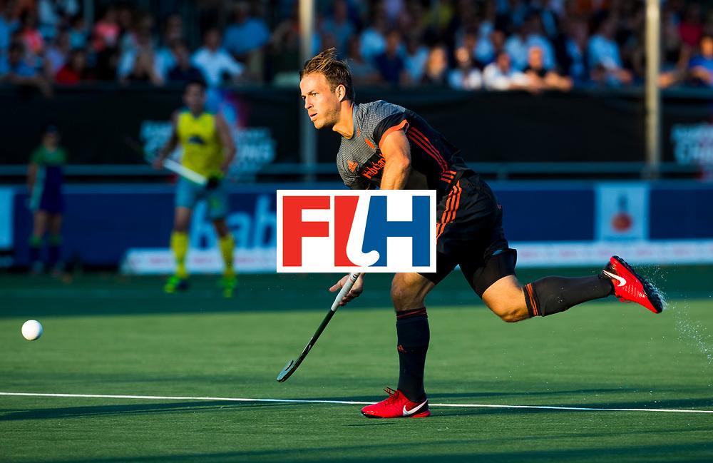 BREDA - Jeroen Hertzberger (Ned)    tijdens Nederland- Australie bij  de Hockey Champions Trophy. COPYRIGHT KOEN SUYK