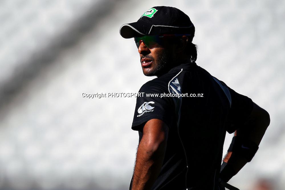 NZ's Ronnie Hira. New Zealand Black Caps v Zimbabwe, International Twenty-20 at Eden Park, Auckland, New Zealand. Saturday 11th February. Photo: Anthony Au-Yeung / photosport.co.nz
