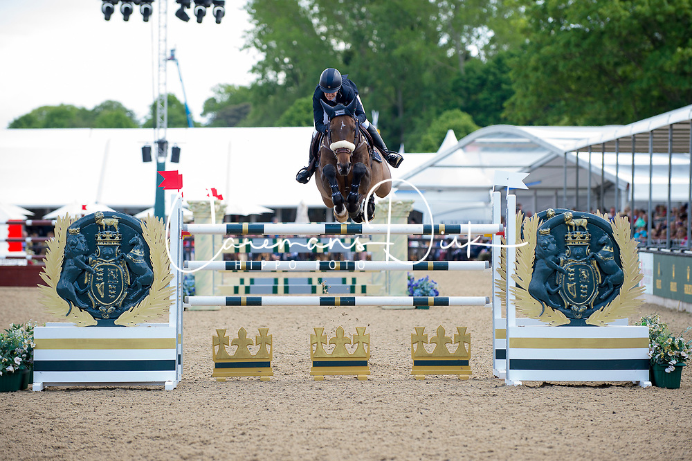 Kraut Laura, USA, Deauville<br /> Rolex Grand Prix Jumping<br /> Royal Windsor Horse Show<br /> &copy; Hippo Foto - Jon Stroud