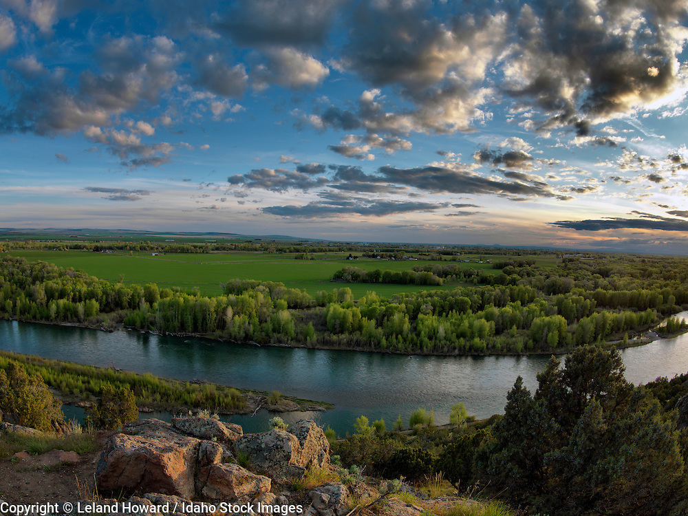 Idaho, east, sunset view of the Snake River and est Idaho countryside from the Cress Creek Nature Preserve