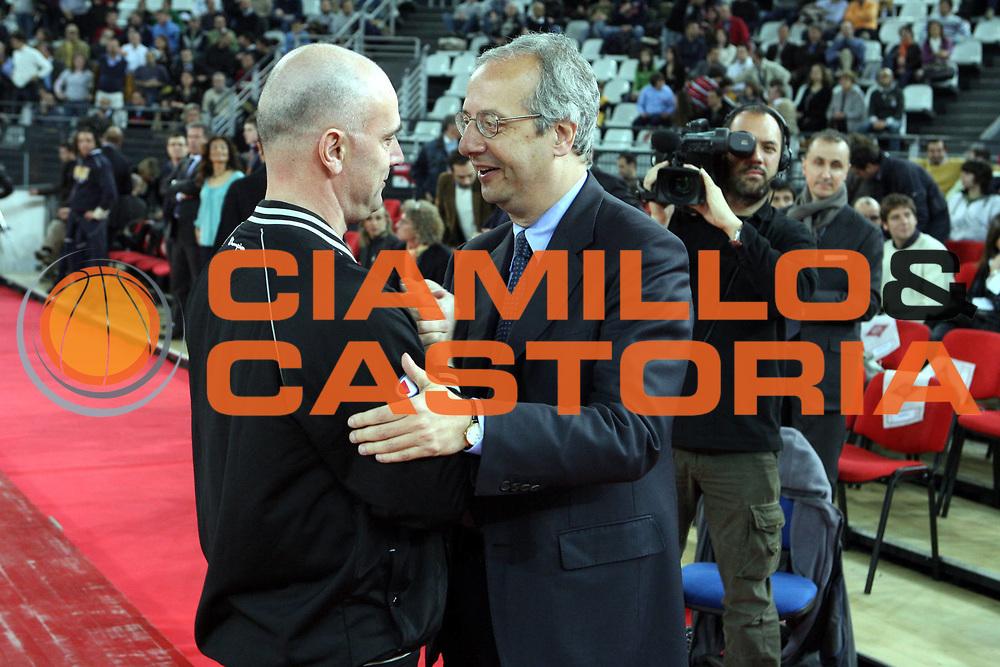 DESCRIZIONE : Roma Lega A1 2007-08 Lottomatica Virtus Roma Premiata Montegranaro<br />GIOCATORE : Tola Arbitro Veltroni<br />SQUADRA : <br />EVENTO : Campionato Lega A1 2007-2008 <br />GARA : Lottomatica Virtus Roma Premiata Montegranaro<br />DATA : 17/04/2008 <br />CATEGORIA : Ritratto<br />SPORT : Pallacanestro <br />AUTORE : Agenzia Ciamillo-Castoria/G.Ciamillo